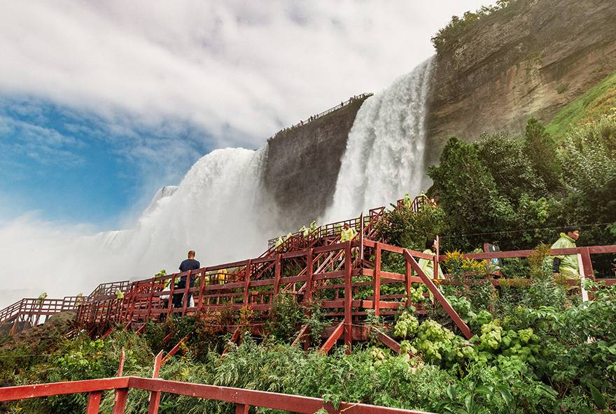 View of the deck at Cave of the Winds at Niagara Falls USA